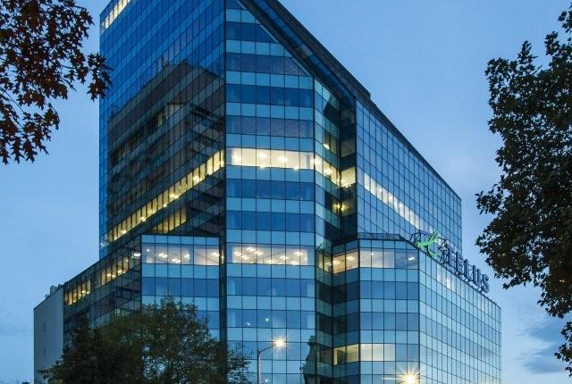 Офис сградата Telus Tower има нов собственик