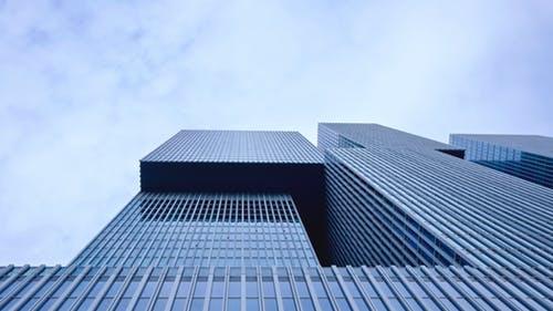 Доходността и наемите на офиси ще се запазят през 2019-та.